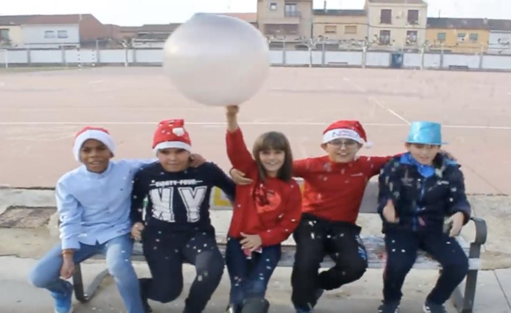 Feliz Navidad de los niños del colegio González Gallarza de Rincón de Soto