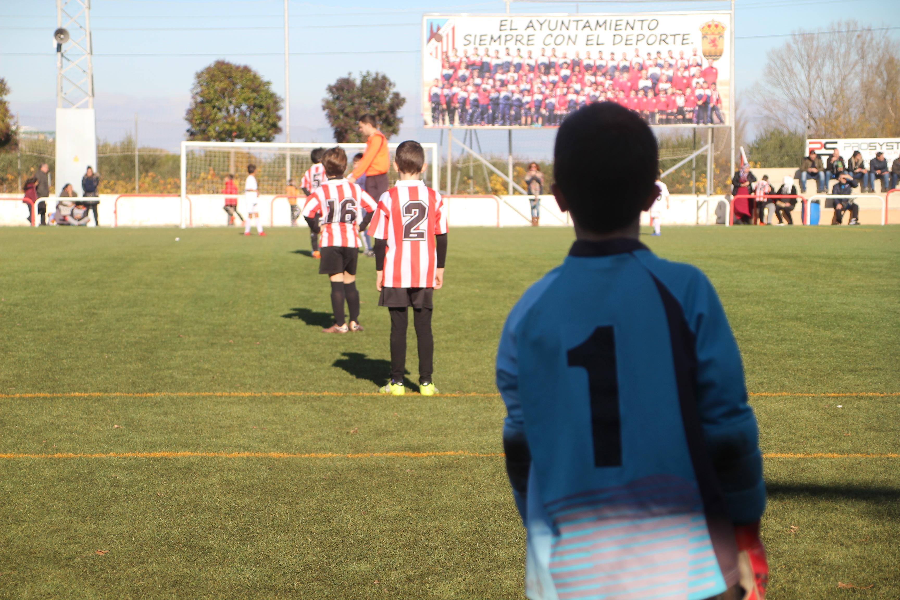 Los niños, protagonistas del XXI torneo de futbol del Autol