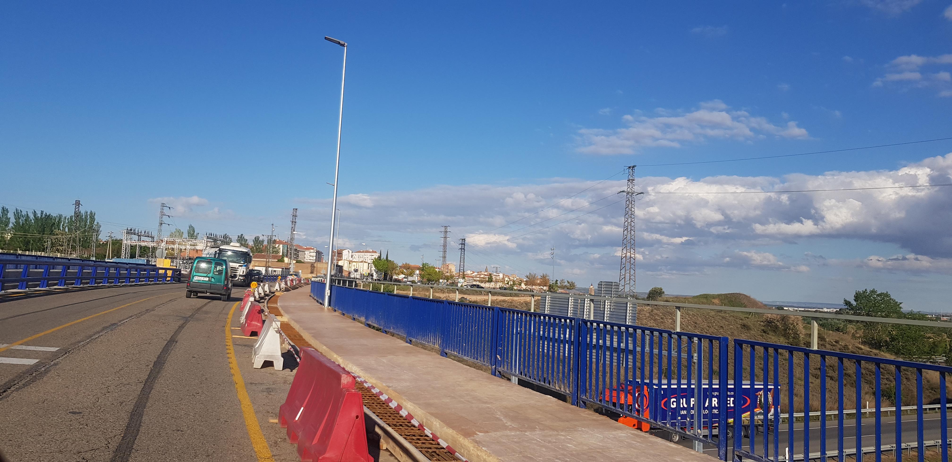 Cortes en el acceso a la AP-68 y la carretera a Arnedo