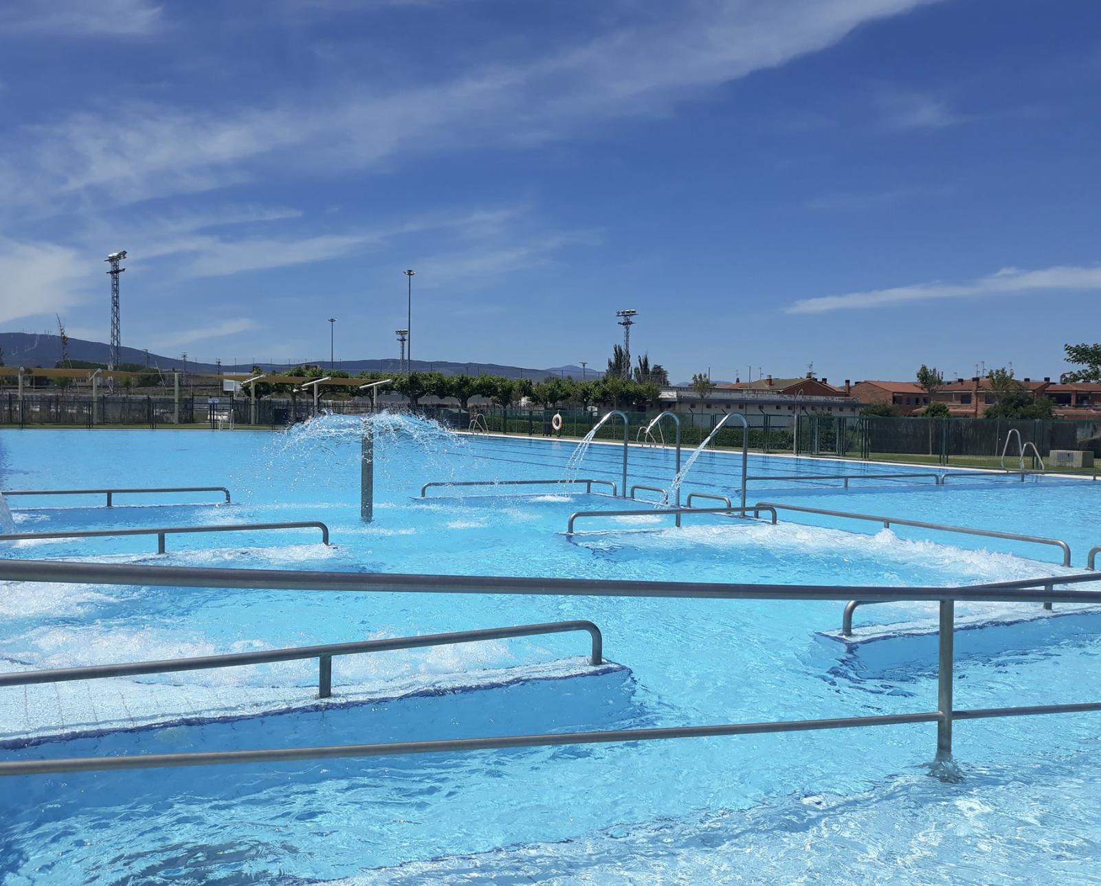 La piscina de Rincón de Soto busca cuatro trabajadores