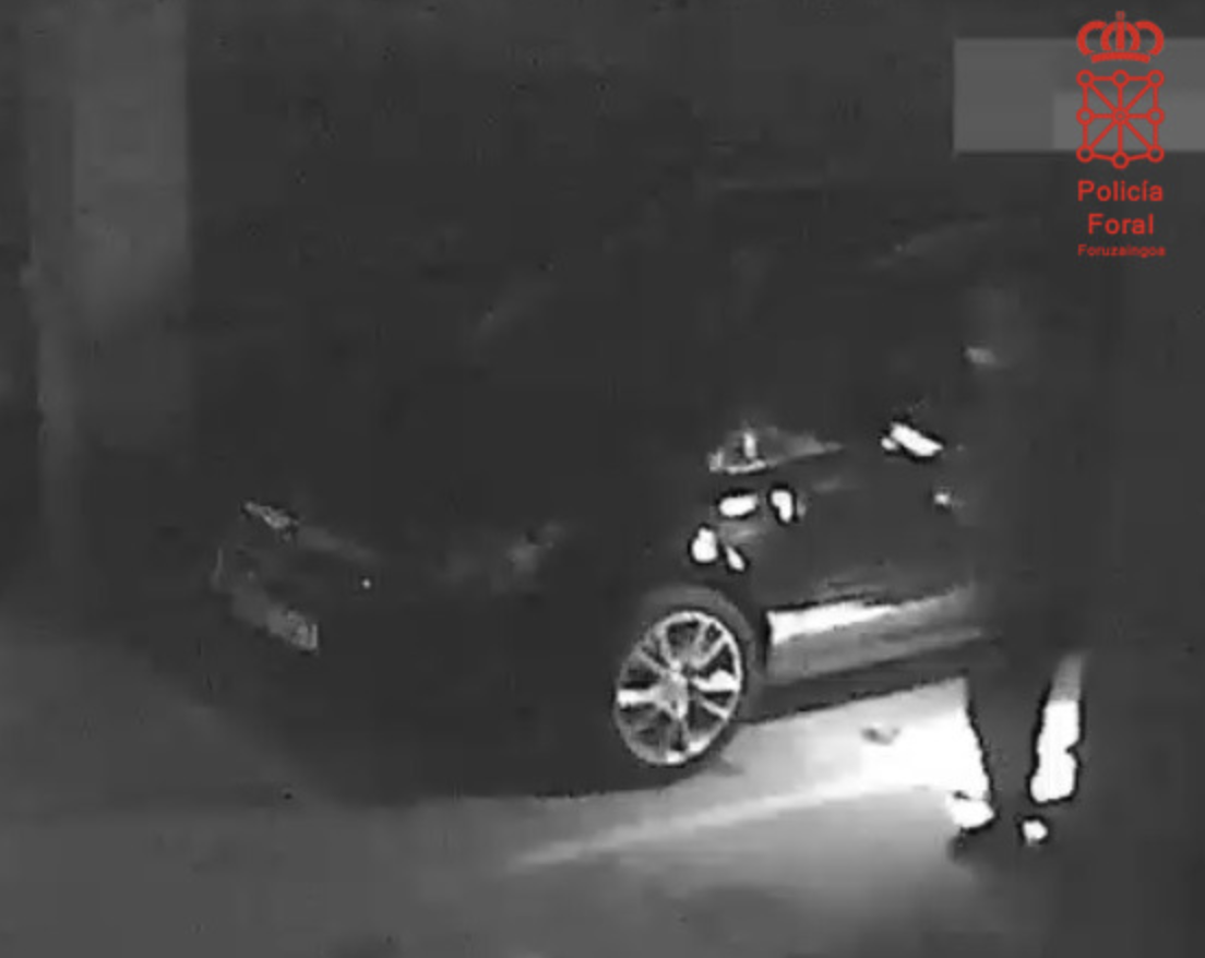 Detenido en Lodosa por destrozar el coche de su vecino
